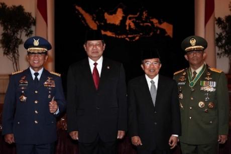 Sertijab Panglima TNI Djoko Suyanto Kpd Djoko Susanto
