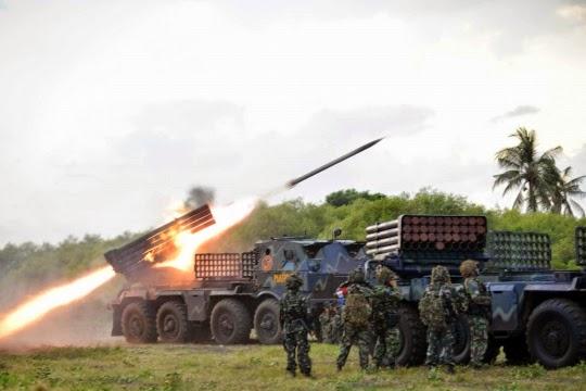 Formasi Perang Latgab 2014 9