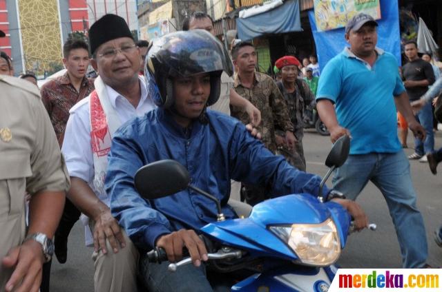 Prabowo Naik Ojek di Tanah Abang - Merdekacom ISN