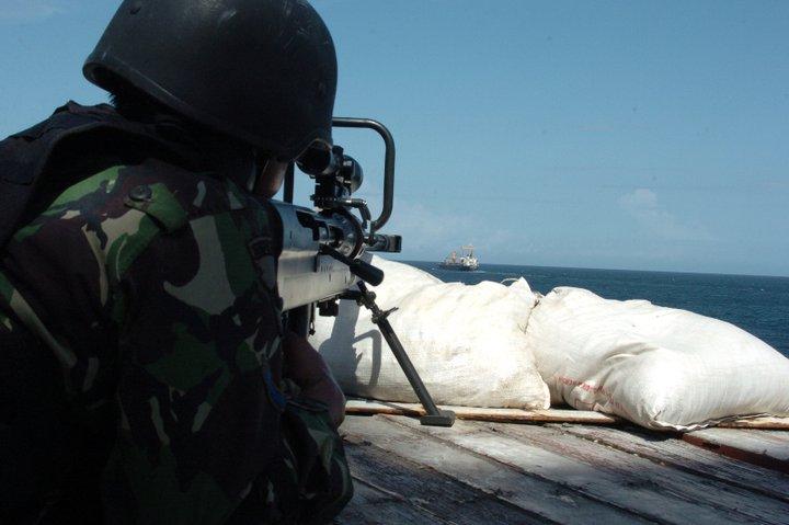 Sniper Operasi Pembebasan MV Sinar Kudus