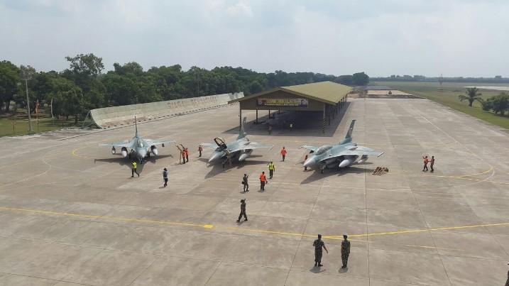 Pesawat F-16 CD-52ID TNI AU Tiba Di Tanah Air