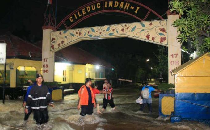 Nama Ciledug - Banjir di Ciledug Indah