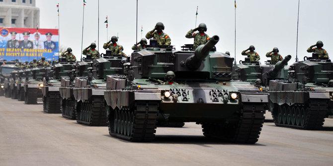 Kekuatan Militer Indonesia - Barisan Tank Leopard TNI AD