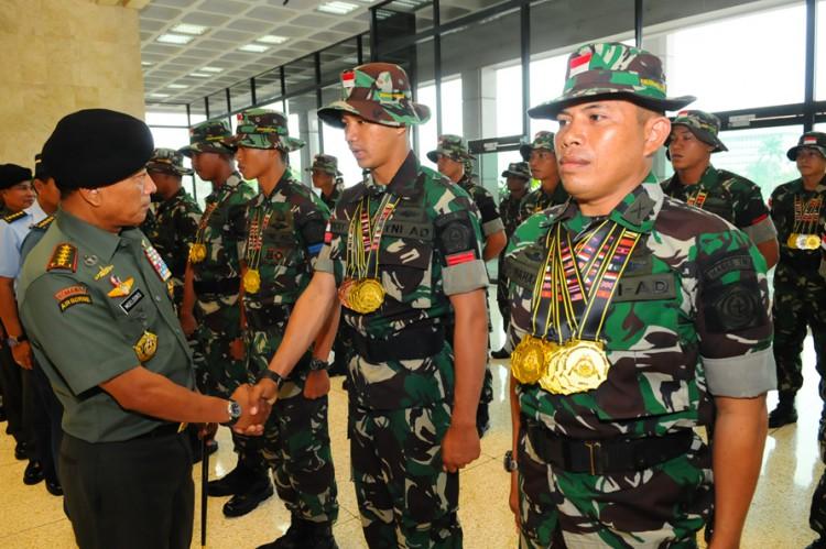 TNI Juara Umum Lomba Tembak BISAM di Brunei 5