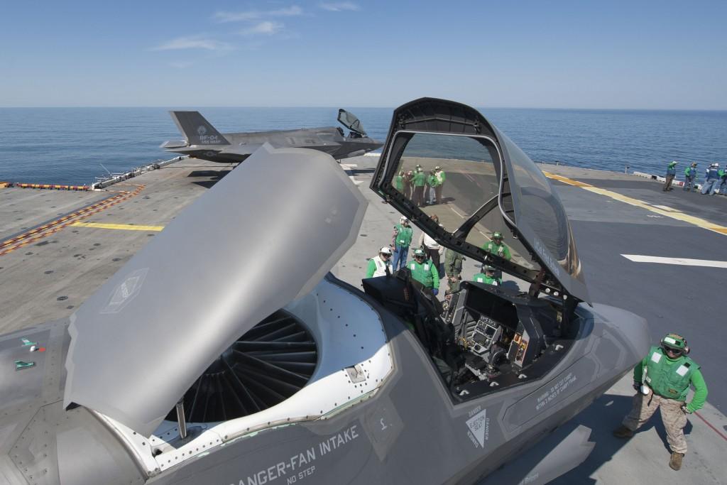Mesin Pendorong Untuk Vertical Take Off F-35 Lightning II