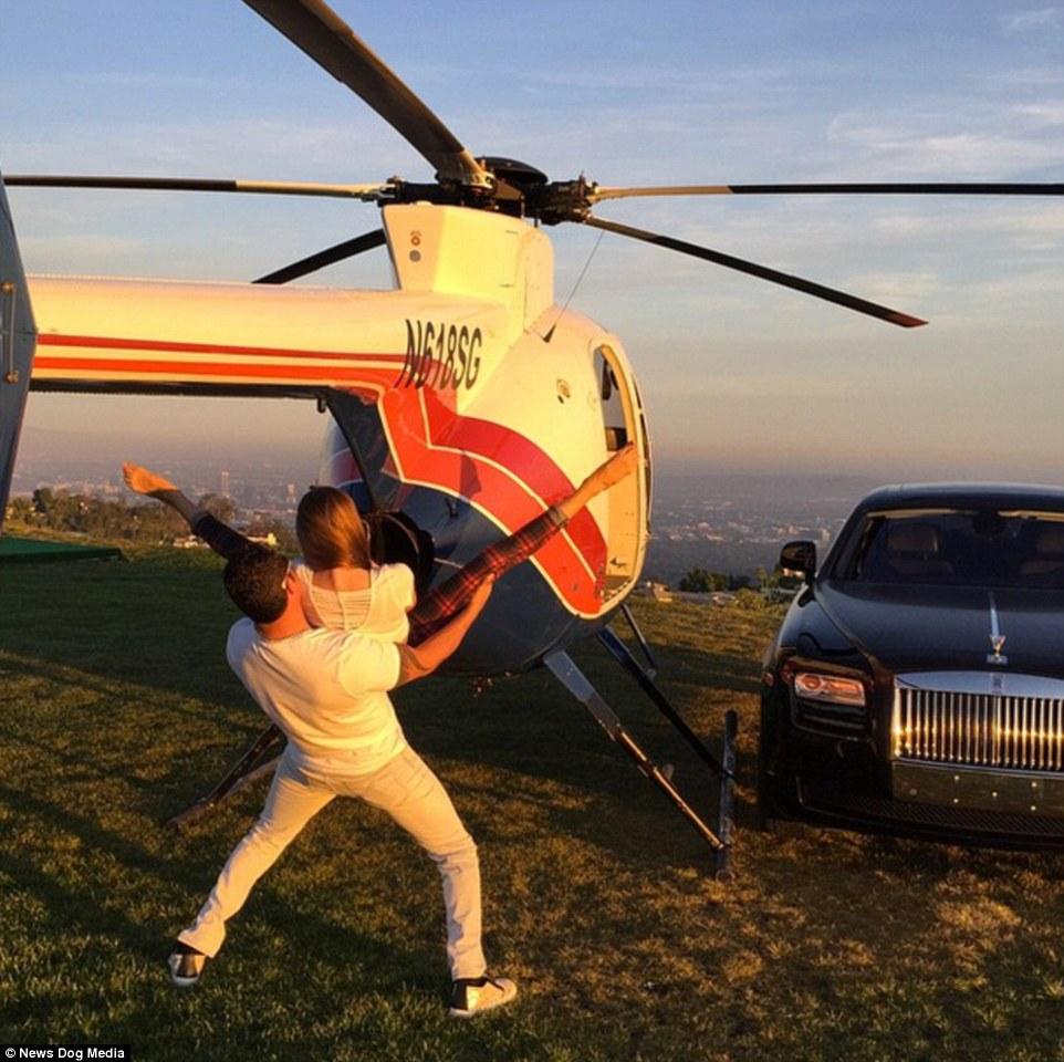 Tony Toutouni dengan Mobil Mewah dan Helikopter Pribadinya