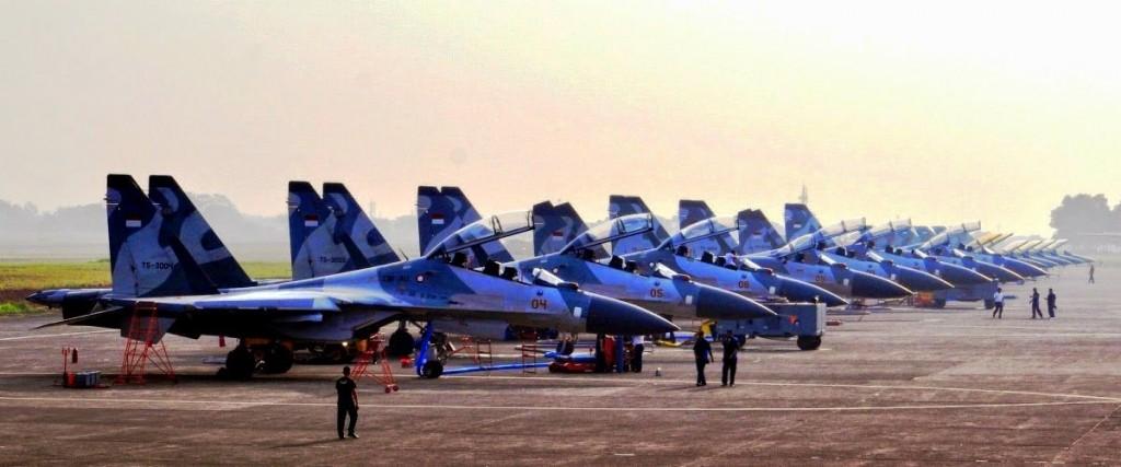 Barisan Jet Tempur Sukhoi TNI AU di HUT TNI ke 69