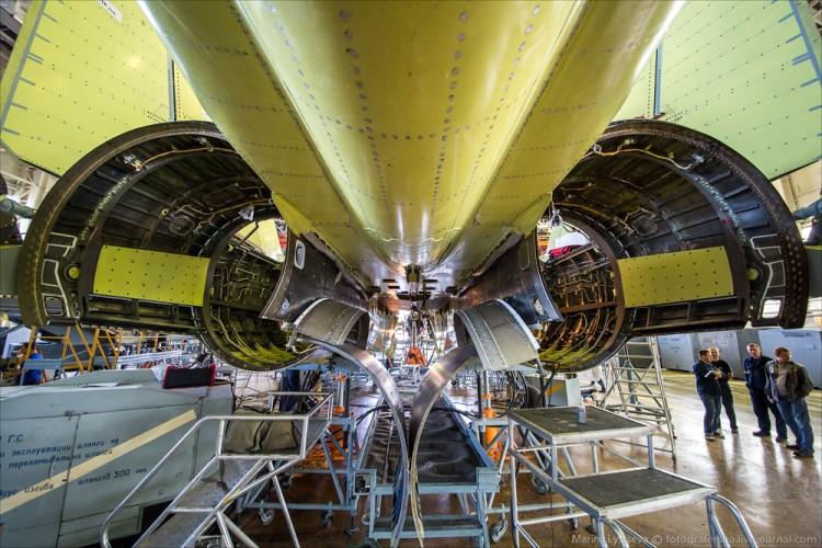 Foto Pabrik Jet Sukhoi Su-35 - 4