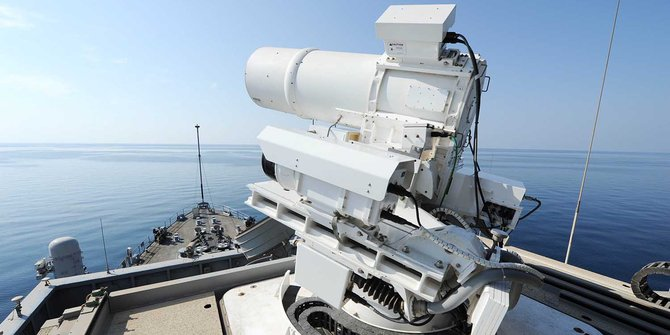 Senjata Laser Kapal Perang AS - AFP Photo-US Navy