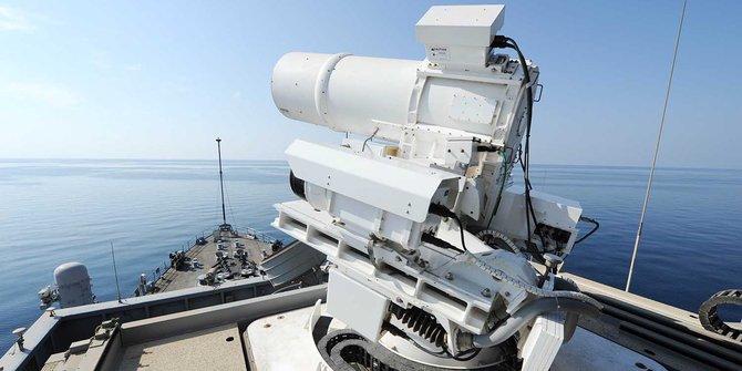 Senjata Laser Kapal Perang AS - AFP Photo-US Navy