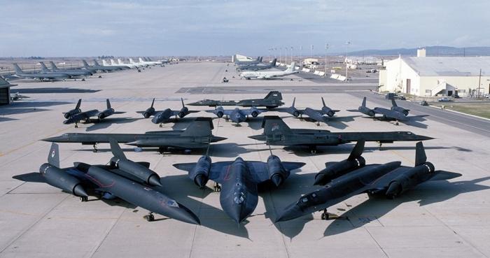 Jet Tempur Siluman SR-71 Blackbirds Buatan Lockheed Martin