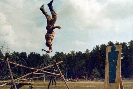 Latihan Melempar Kapak Pasukan Elite Spetsnaz