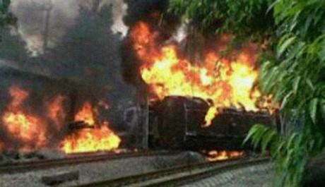 Kecelakaan Kereta Api dan Truk Tangki Elpiji