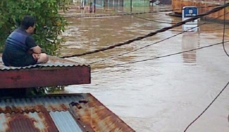 Banjir Bandang Menerjang Sulawesi Utara