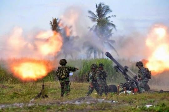 Formasi Perang Latgab 2014 15