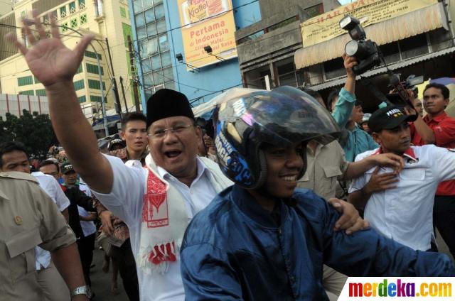Prabowo Naik Ojek di Tanah Abang 2 - Merdekacom ISN