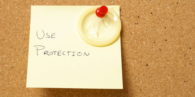 Kondom Penetral Virus HIV Shutterstock-Matthew Benoit