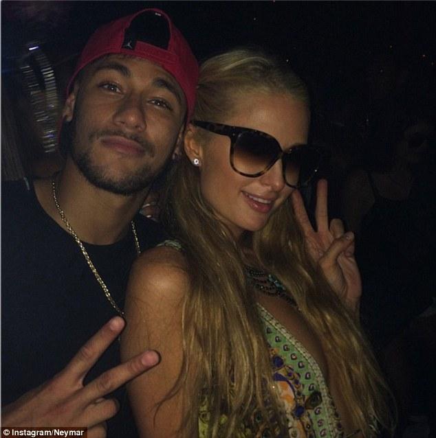 Foto Mesra Neymar Bersama Paris Hilton