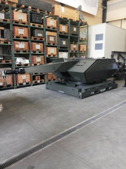 Oerlikon Skyshield TNI AU di ruang penyimpanan
