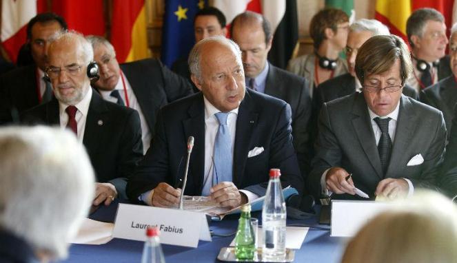 Menlu Prancis, Laurent Fabius menyerukan Hancurkan ISIS