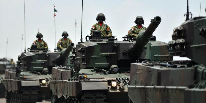 Tank Leopard Merusak Jalan 3