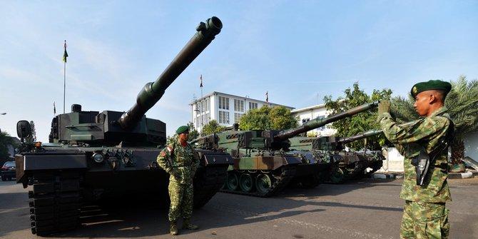 Tank Leopard Merusak Jalan 4
