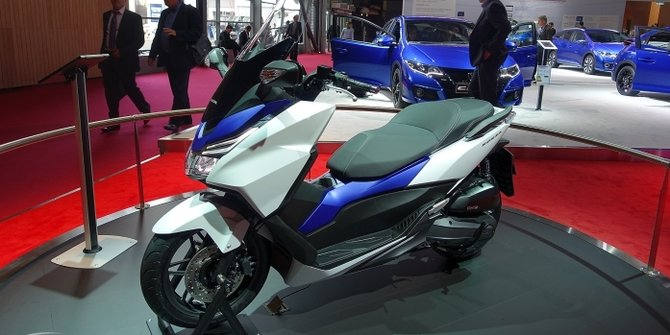 Honda Forza 125 di Indonesia Motorcycle Show 2014