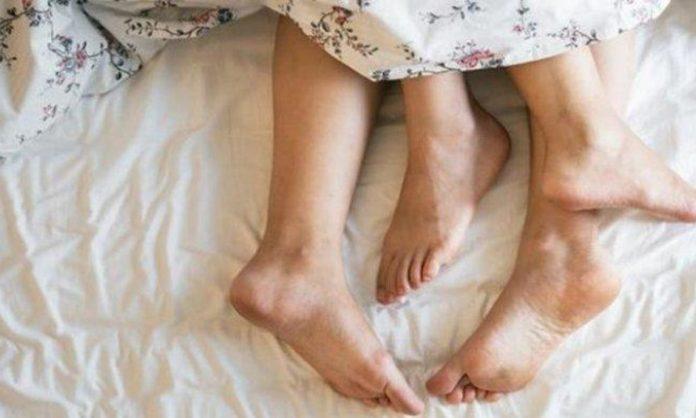 Tips Foreplay Paling Nikmat