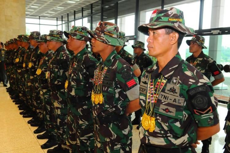 TNI Juara Umum Lomba Tembak BISAM di Brunei 1