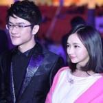 Han Yiying Bersama Ruo Feng dua dari Pemandu Acara Video Game