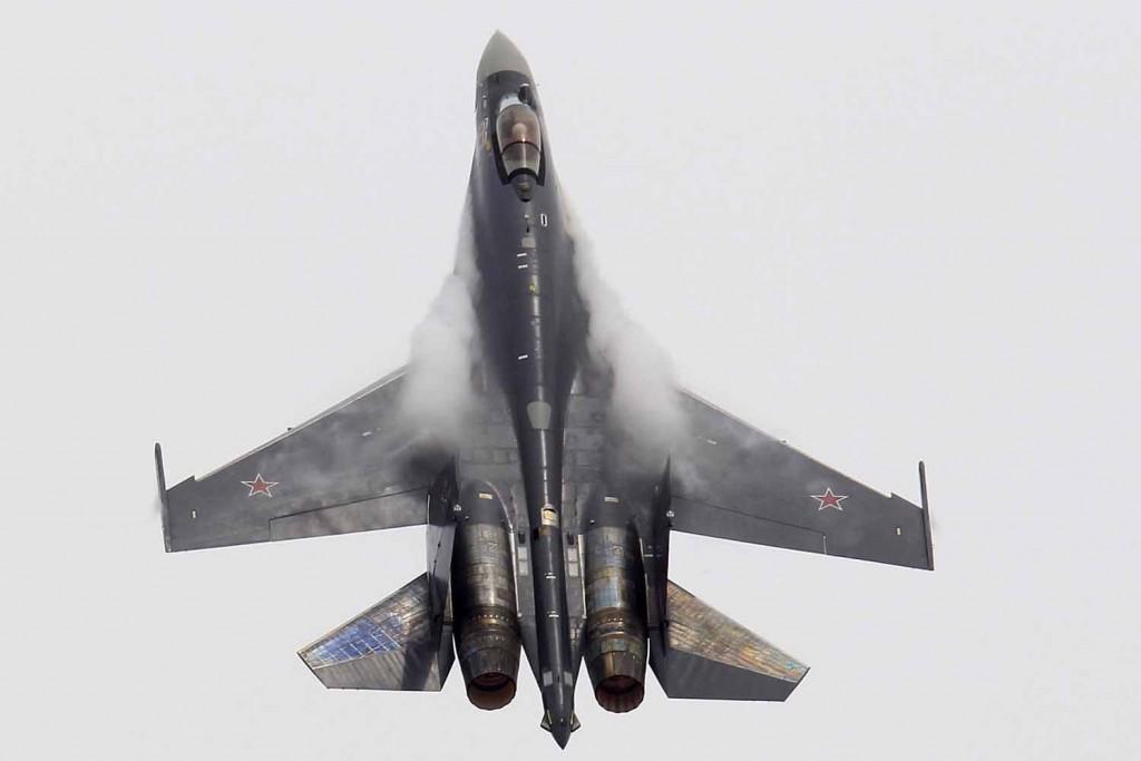 Sukhoi Su 35 Paris Air Show 2013