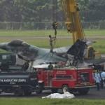 F-16 TNI AU Saat Di Evakuasi