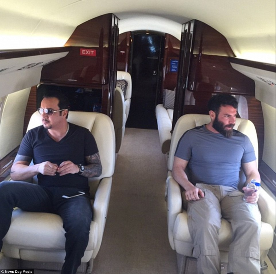 Tony Toutouni dan Raja Instagram Dan Bilzerian