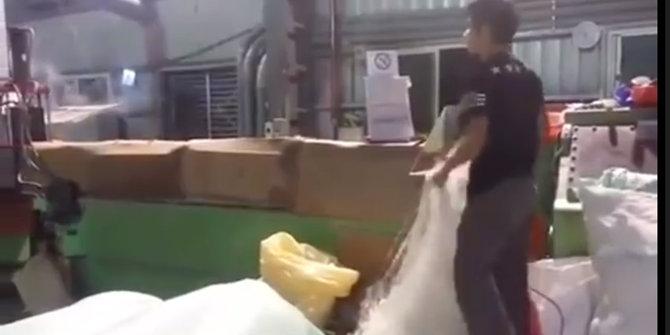 Pembuatan Beras Plastik China