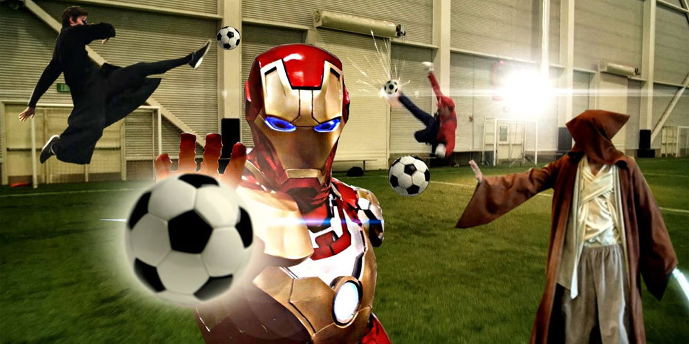 Superhero Main Sepakbola