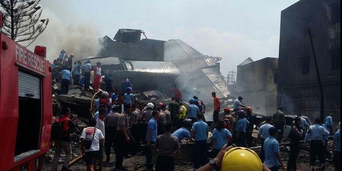 Penampakan Pesawat Hercules Jatuh di Medan