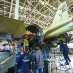 Foto Pabrik Jet Sukhoi Su-35 - 11