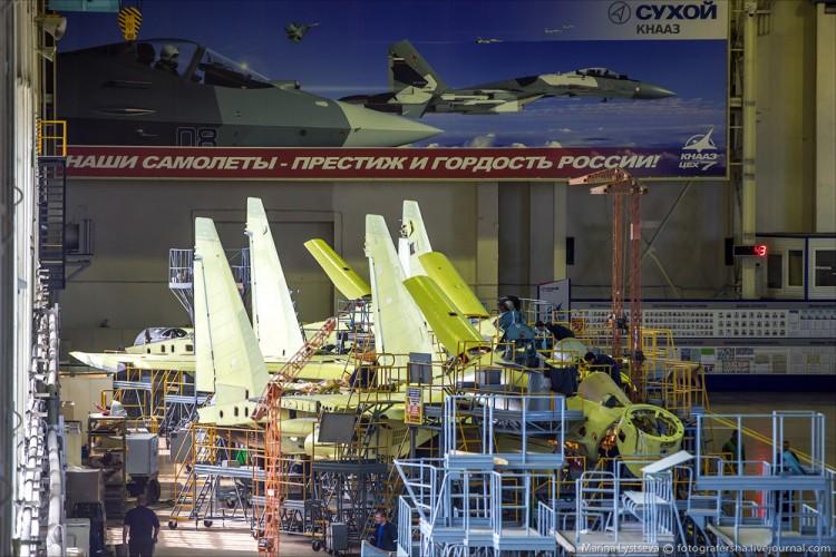 Foto Pabrik Jet Sukhoi Su-35 - 3