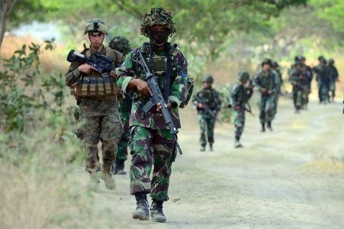Latihan Militer Indonesia dan Amerika