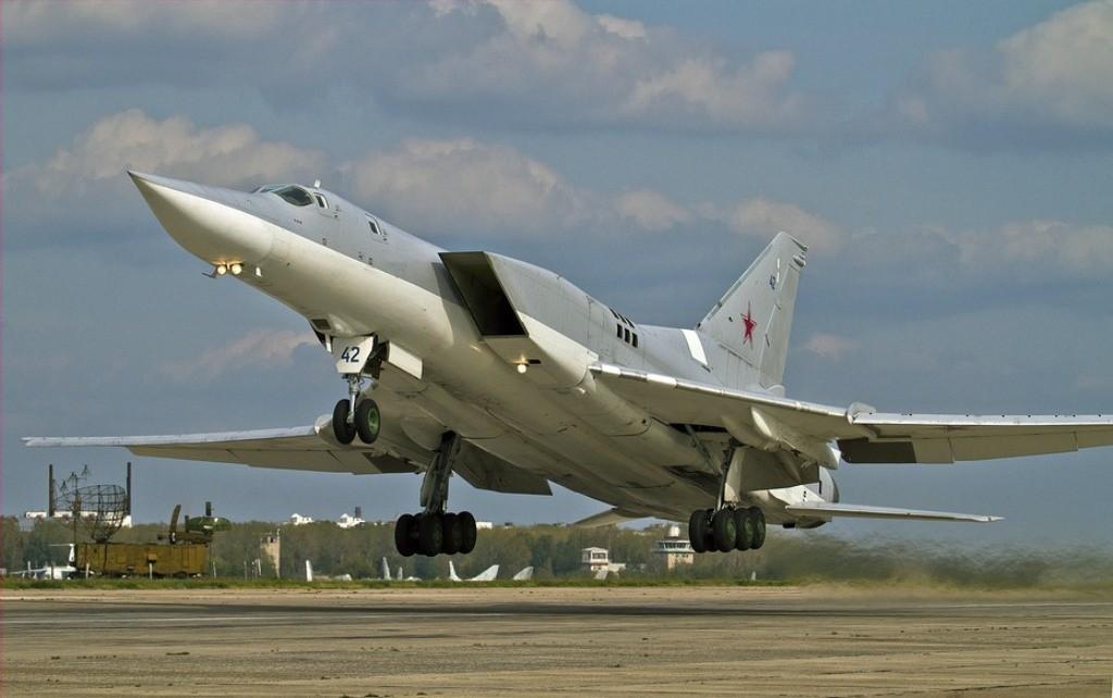 Pesawat Bomber Rusia Tu-22M
