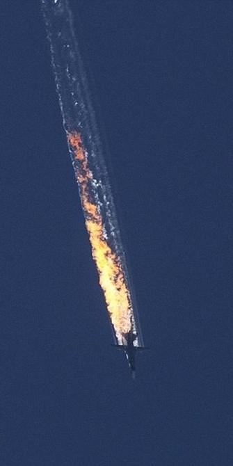 Su-24 Rusia Ditembak Jatuh F-16 Turki