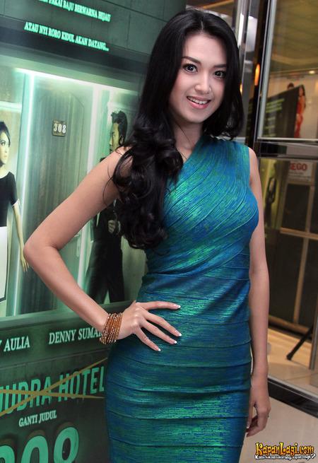 Sylvia Fully Jadi PSK di Film Terbarunya - Kapanlagi.com