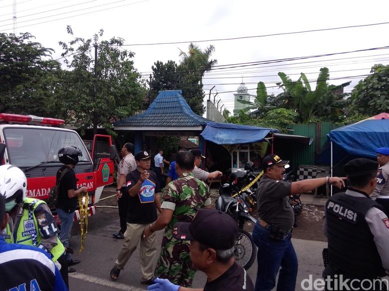 Lokasi Kejadian Jatuhnya Pesawat Latih TNI AU di Malang - M Aminudin-detikcom