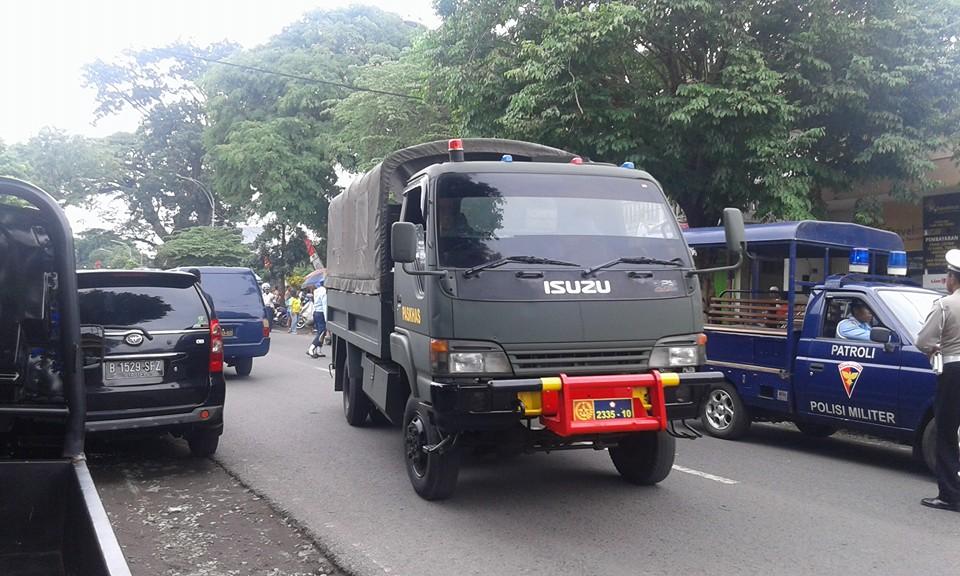 Pesawat Latih TNI AU Jatuh di Malang - 2 - ForumsMerdekaDOTcom