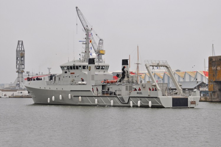Kapal Oseanografi TNI AL - KRI Rigel 933