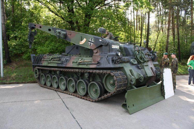 Büffel ARV (Armored Recovery Vehicle) Bergepanzer - JKGR
