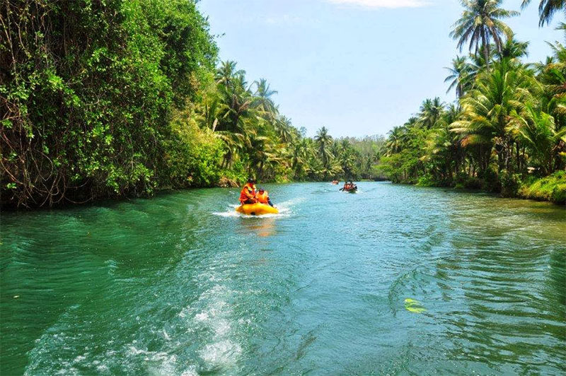 Sungai Maron Pacitan yang Mirip dengan Sungai Amazon