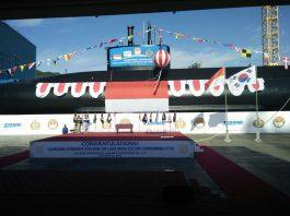 KRI Ardadedali 404, Kapal Selam Kedua dari Total Tiga Kapal Selam yang Dipesan oleh TNI AL - (Foto: Arc.web.id)