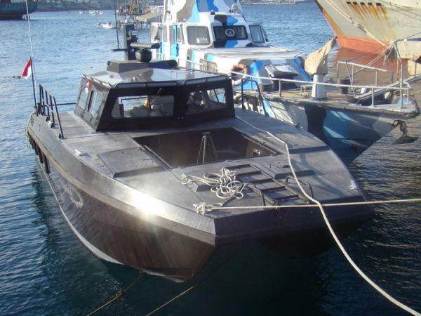 X-38 Catamaran Combat Boat TNI AL - Garuda Militer Blog