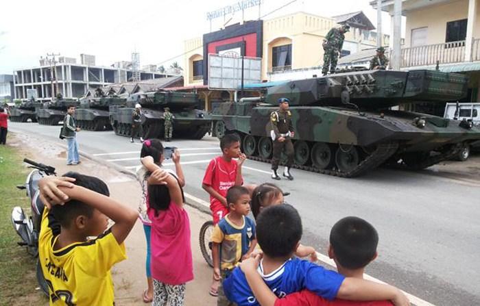 Deretan Tank Leopard 2RI Masih Bersih dan Mulus - (Src: Lintas.co.id)